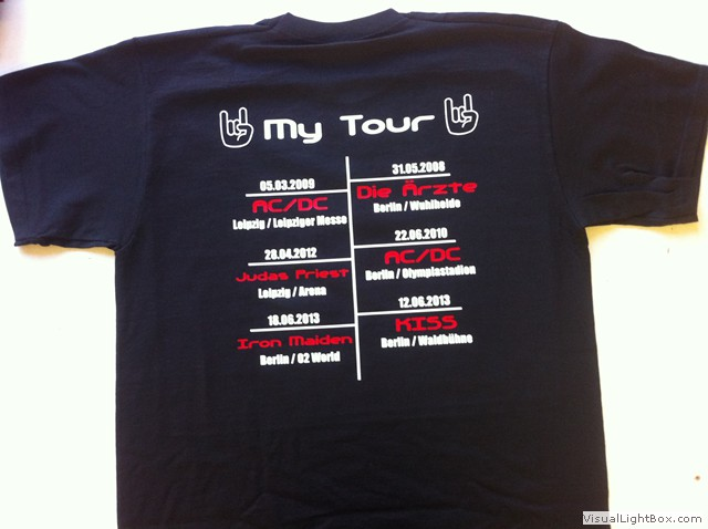 54fcb934fe55fd ... Ein ganz individuelles Tour-Shirt! Für jeden Musikfan ein Muss - man  kann sogar ...